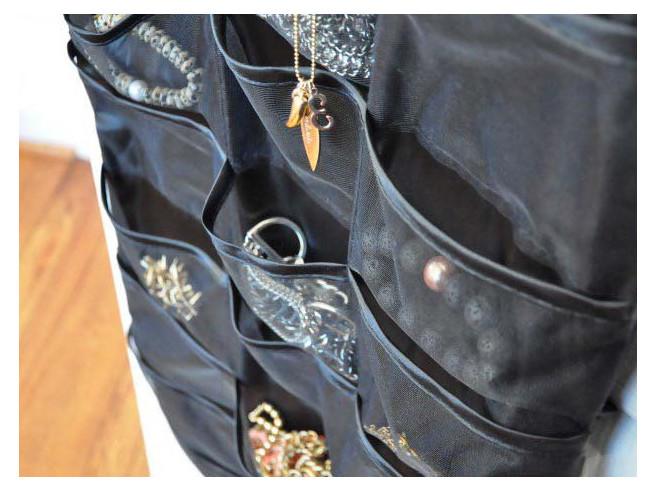 Robe Porte-Bijoux Little Black Dress