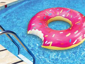 Donut Schwimmreifen 122 cm